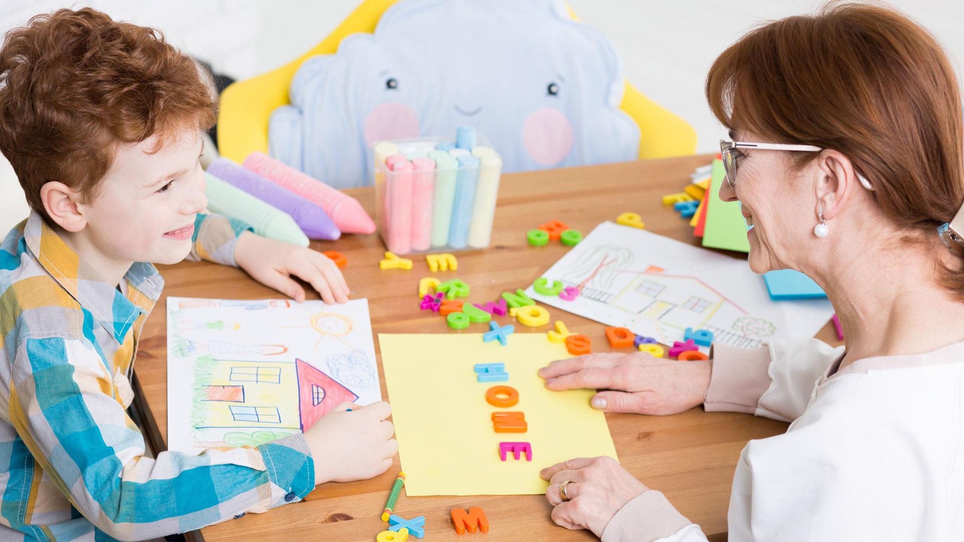 Academia CEVI: Centro Colaborador de la Asociación Desarrollo Autismo Albacete