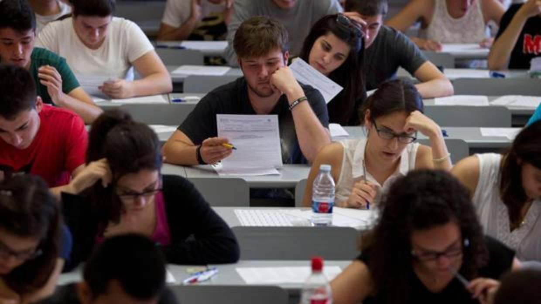 Esta semana se han examinado nuestros alumnos en las Oposiciones a Maestro de la Comunidad Valenciana